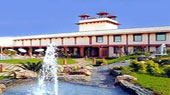 The Trident Hilton,best deal of 5 star hotel in Agra