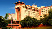 best deal of 5 star hotel in Delhi